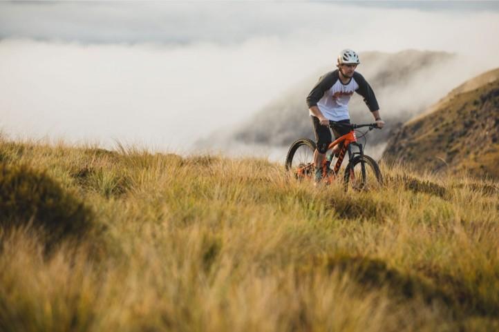 Front Suspension Mountain Bike